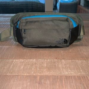 The North Face Bozer Hip Pack NWOT
